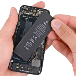 Замена батареи айфон 5
