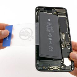 Замена батарейки Айфон 7 Plus