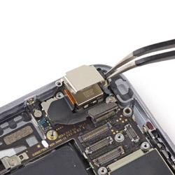 Замена основной камеры Айфона 6
