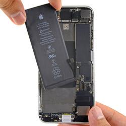 замена батарейки айфон 8