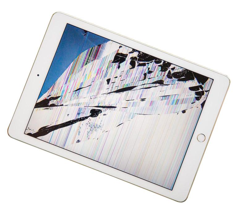 Экран iPad с полосами и пятнами